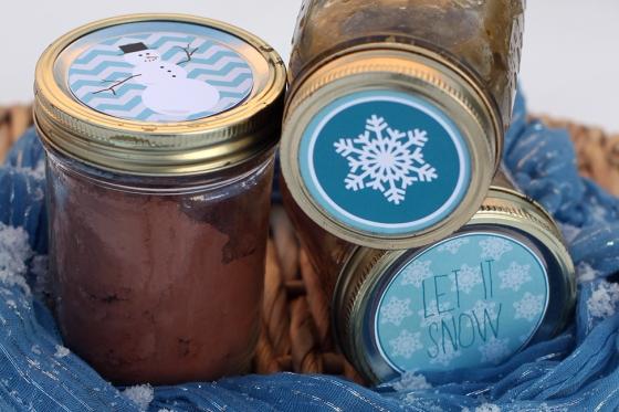 DIY snowflake mason jar labels